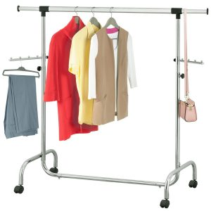 Telescopic clothes rail with a chrome finish