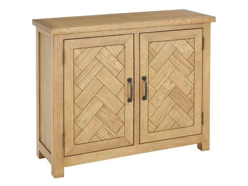 Oak cupboard with parquet-style doors