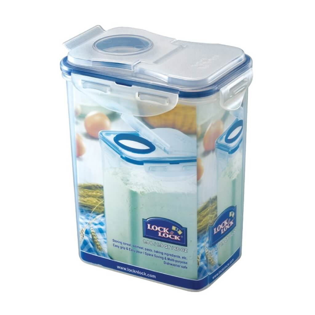 Large cereal container with flip-top lid