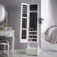 Vanity unit with jewellery storage