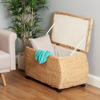 Large natural storage trunk with cotton liner