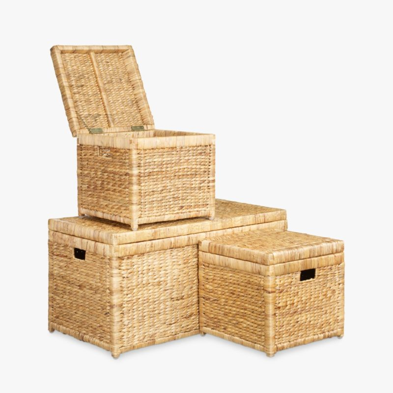 Set of 3 wicker storage trunks