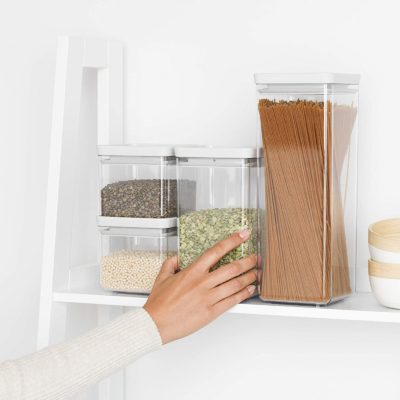 Set of 4 clear containers