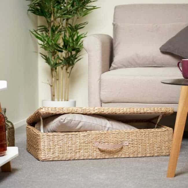 Woven underbed storage basket with handle and lid