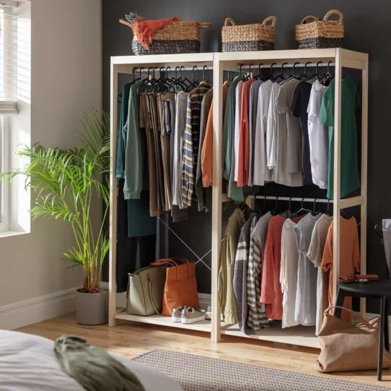 Open wardrobe with 3 hanging rails